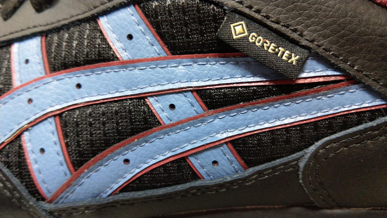 пометка gore-tex на кроссовках