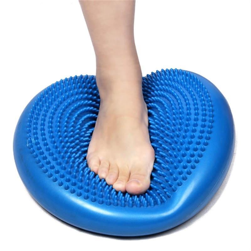 равновесие на балансировочной подушке